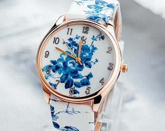 Vintage Style Floral Watch in blue - 50s, 60s Pattern. Ladies Classic.