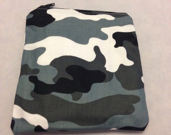 Black and grey camo reusable snack/sandwich bag/eco friendly/water resistant