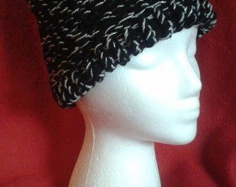 Hecate's Cap - black and silver knitted hat