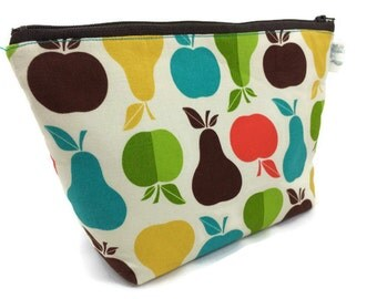 Cosmetic Bag Makeup Bag in Apples and Pears