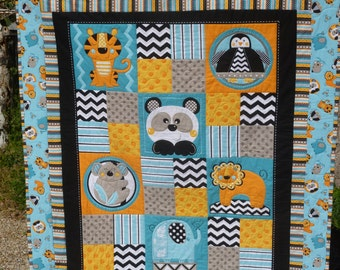 Zig Zag Zoo Baby Quilt - FREE SHIPPING