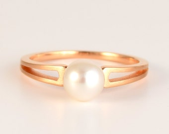 ENGAGEMENT PEARL Ring 'TWIN' in 18k Rose Gold with 6mm Akoya Pearl | Unique, Modern Pearl Ring | June Birthstone Gift | 18k Gold Pearl Ring