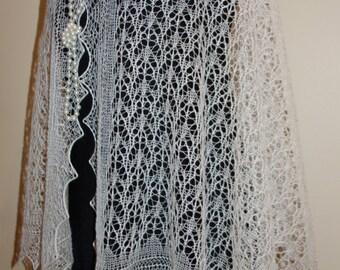 Estonian Lace, Haapsalu Shawl - The most beautiful Shawl-pattern in the world - incredible soft!