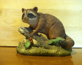 Lovely Ceramic Raccoon Statue - FREE SHIPPING