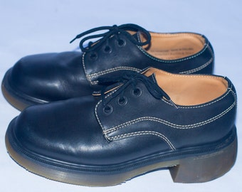 Dr. Martens Airwair AW004 8623 3-Eye Chunky Oxford.Made in England. Men's Size UK 4/US 5, Wm UK 4/Us 6, Euro 37.