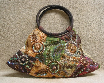 Beautiful Vintage Beaded And Sequined Purse