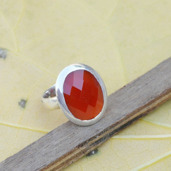 Sterling Silver Statement Ring, Oval Red Onyx Ring, Onyx Ring, Red Ring,Bezel Set Ring,Birthstone Ring, Red Ring,Silver Ring Size 7
