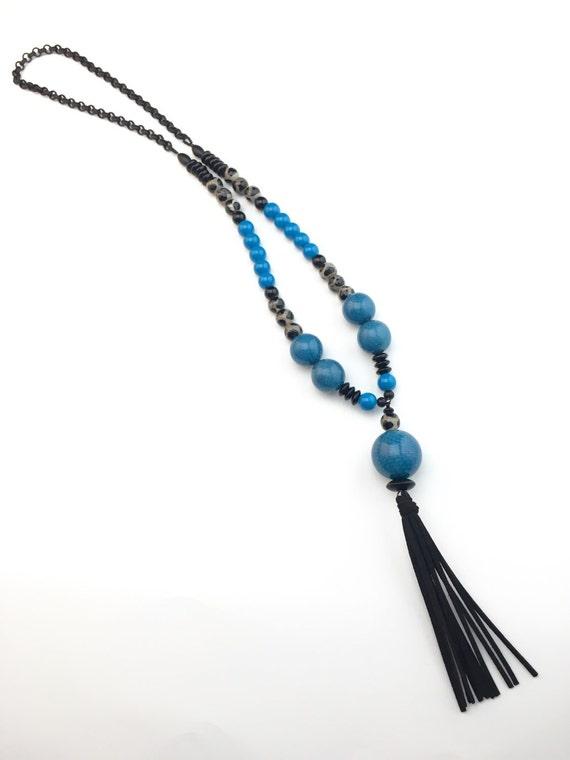 carolina panthers long black and teal beaded pendant necklace. Black Bedroom Furniture Sets. Home Design Ideas