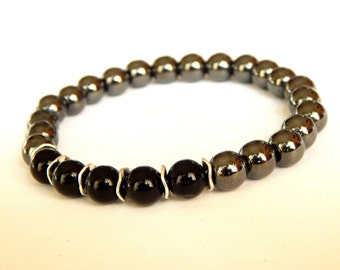 Bracelet in pearls of Hematite and black agate