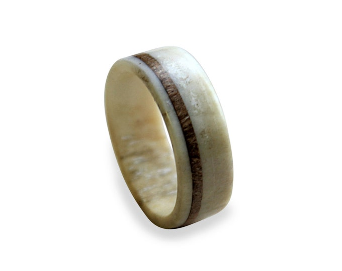 Deer antler ring with oak wood inlay made from fine selected antler
