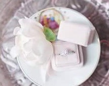 Ring Box Velvet and Grosgrain Ribbon Vintage Style in Wedding Cake White For Wedding Set,  Two Ring Box, Side by Side Display
