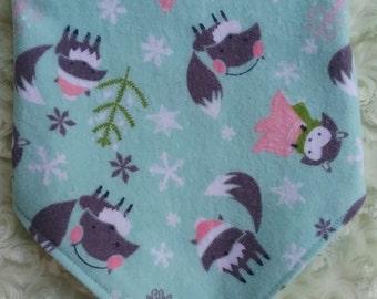 Baby Bandana Drool Bib, Cotton Flannelette Reversible Bib, Teething Bib, Woodland Animals, Dribble Bib, Gender Neutral, Handmade Baby Gift