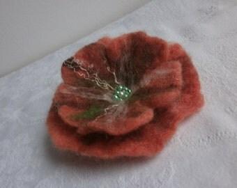 Orange felt flower poppy brooch, felted brooch, orange flower. handmade, wool orange jewelry,accessories,art, hair pins scarf, orange brooch