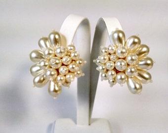 Vintage Pearl Statement Earrings / Faux Pearl Cluster Earrings /Clip On / 1960's