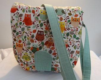 Handmade Owl handbag, lots of pockets and adjustable strap.  Sandra design by Swoon