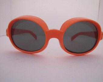 1960 MOD Sunglass Goggle Style (6/O)