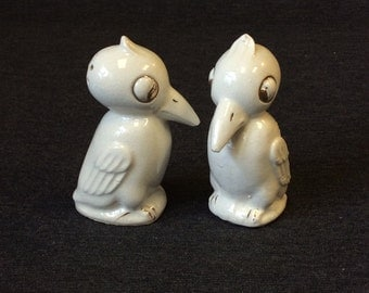 Vintage White and Gold Woodpecker Bird Salt & Pepper Shakers - Japan
