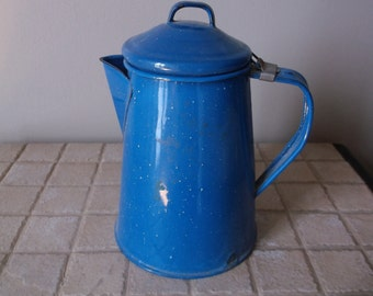 Enamelware coffee pot rustic blue enamelware coffee pot for your rustic farmhouse or country kitchen
