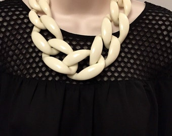 White Chunky Chain Link Housewife Statement Necklace