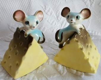 Vintage NORCREST Mice on Cheese salt and pepper shakers