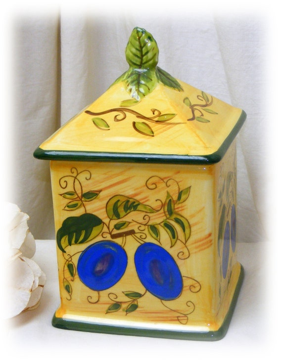 Beautiful Italian Style VINTAGE TEA CANISTER