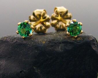 Green topaz, green topaz stud earrings, genuine topaz studs 3 mm goldfilled, 3 mm gold earrings