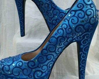 SOMETHING BLUE hand painted, austrian ctystal embellished platform pumps size 7.5