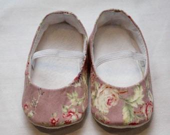 Pink floral ballet flats. Soft sole baby shoe, crib shoe, pre walkers