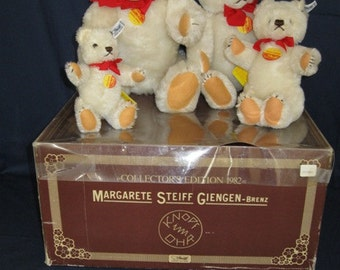 The 1982 Limited Collector's Edition of Five Steiff Bears - Teddy White Teddy Bears