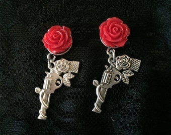 Silver Pistol With Rose Gauges