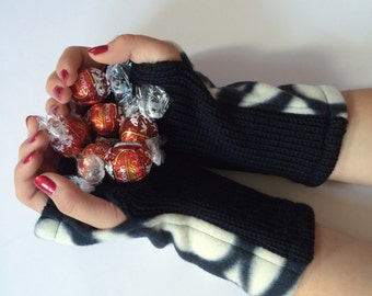 Fingerless Gloves, Wrist Warmers, Texting Gloves, Wool Armwarmers, Fingerless Mittens, Black Arm Warmers, Fingerless Mitts, Gift for Her