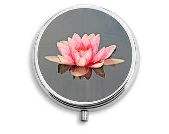 Lily on Water Design Pill Box, Round Pill Box, PR027