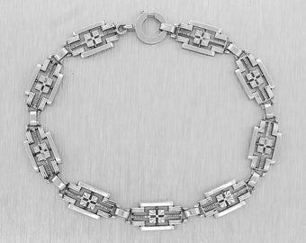 Ladies Antique Art Deco Handcrafted 14K White Gold Bracelet