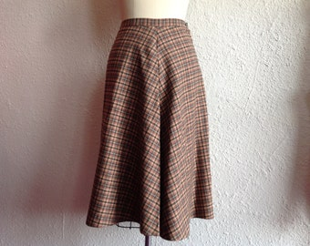 1970s Pink and gray wool skirt