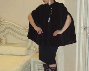 Velvet holyday mantle/Opera evening cape/Boho cape cloak/Gothic cape cloak/Black cape/Victorian Cape cloak/Elegant evening cape/Boho cape
