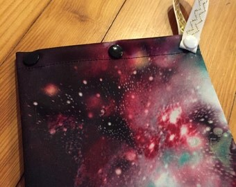 Small wetbag - red galaxy