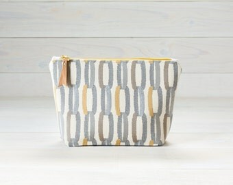 Yellow and Blue Chains Cosmetic Bag