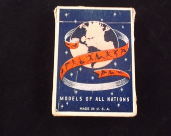 Models Of All Nations Vintage Playing Cards, circa 1940's