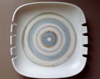 Glidden Pottery Fong Chow Ashtray