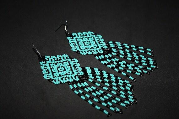 Turquoise Dangle Earrings, Beaded Huichol Earrings, Native American Indian Dangle Earrings, Hippie Earrings, Ethnic Earrings with Fringe