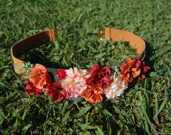 Belt elastic color camel with fabric flowers