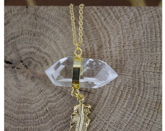 Cristal necklace with gold plated feather
