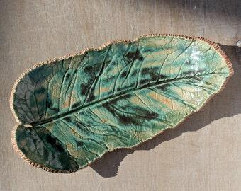 Ceramic leaf plates, stoneware leaf, ceramic leaf dish, pottery leaf plate, stoneware plate, serving dish, stoneware pottery, long dish
