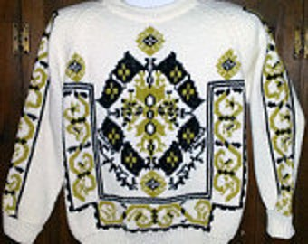 Vintage Nordic Style Sweater in White/Black/Gold
