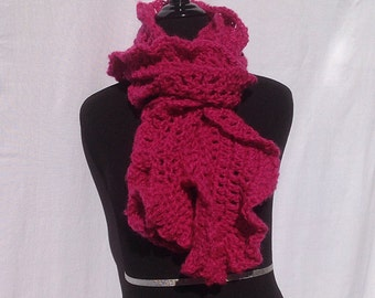 Chunky Ruffle Scarf in Bright Pink