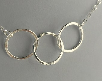 SILVER CIRCLE NECKLACE-3 Circle Necklace-Linked Silver Circles-Friendship Necklace-Intertwined Circles-Hammered Silver-Eternity Necklace