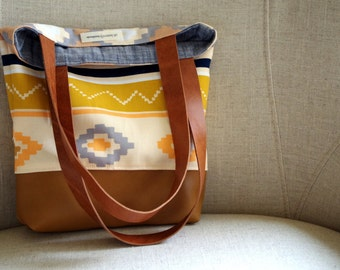 Art Gallery Canvas and leather tote bag