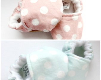 Baby Booties, Crib Shoes, Soft Sole Baby Shoes, Polka Dot Baby Booties
