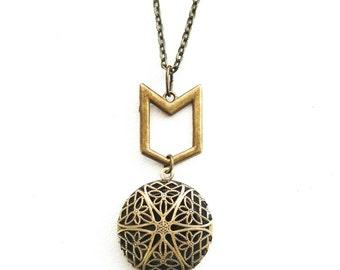 Arrow Essential Oil Diffuser Necklace, Bronze, Chevron Diffusing Aromatherapy Necklace, Bronze Oil Diffuser Jewelry, Essential Oil Gift