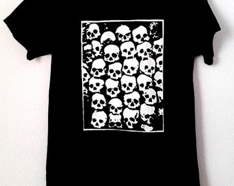 SKULLS T-Shirt for woman,occult,skull,goth,horror,magick,witchcraft,punk